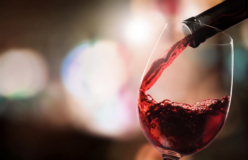3,000円前後のおすすめ赤ワイン10選!プレゼントにも贈れる「褒められワイン」