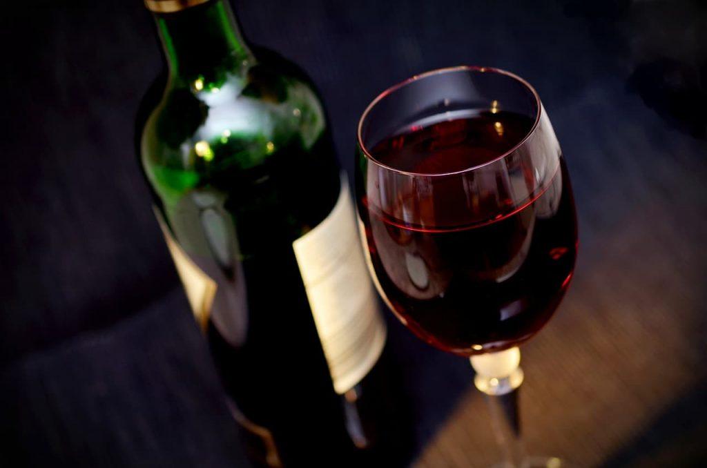 カベルネ・フランとは?おすすめ赤ワイン6選【特徴・産地・料理の合わせ方の解説付】
