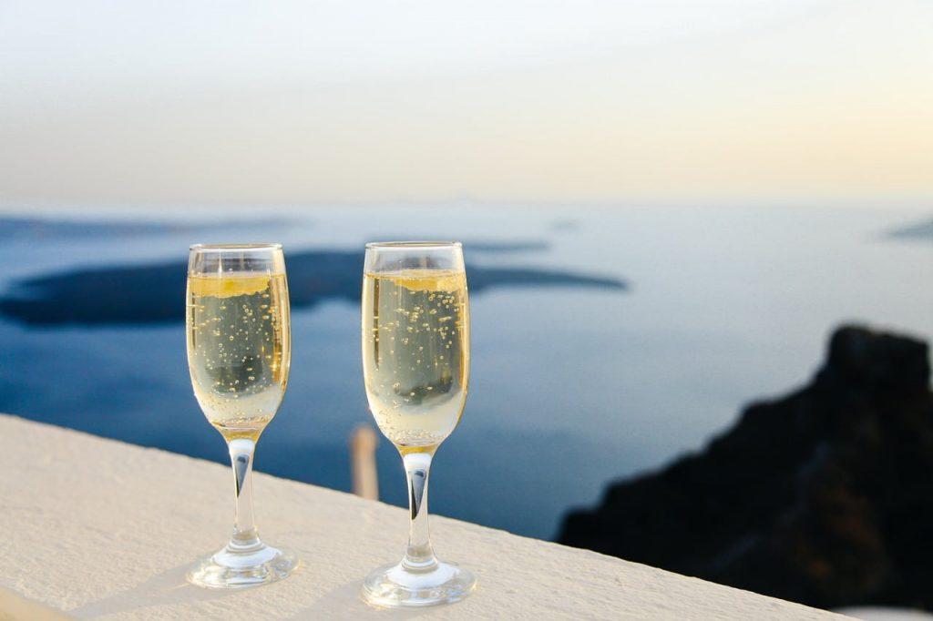 クレマンとは?おすすめワイン7選【シャンパンだけじゃない!料理との相性も紹介】
