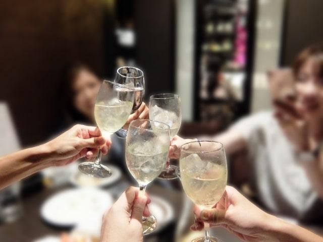 【おすすめグラスマーカー】かわいい!機能的!パーティーで大活躍のワイングッズ