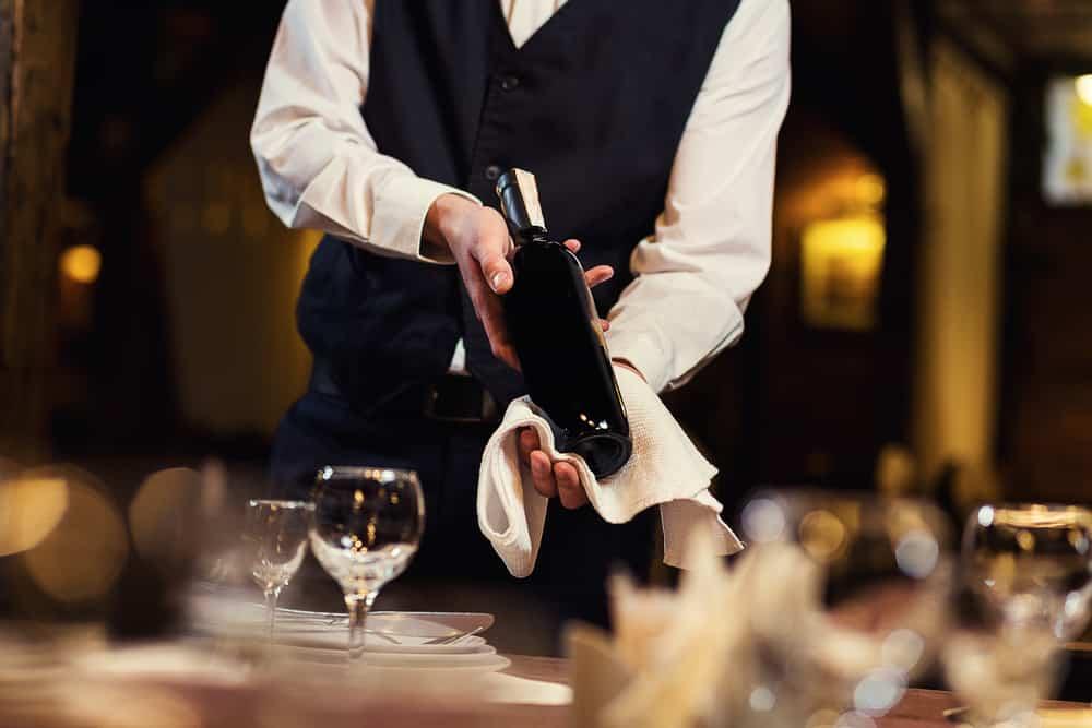 ワインの資格取得に向けた勉強に|おすすめワインセットやグラスを紹介!